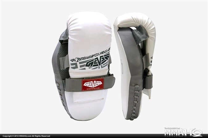Seven Give N Take Hybrid Punch Mitts